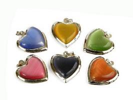Медальоны в виде сердец